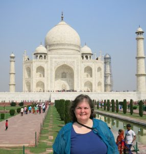 Kim in front of the Taj Mahal.